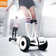 Patinete scooter eléctrico Segway Xiaomi Ninebot Mini en blanco y negro desde España