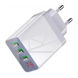 Cargador de carga rápida triple USB y pantalla LED cargador usb multiple qualcomm para móvil
