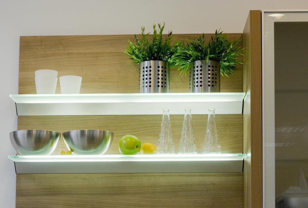 Iluminacion led cocinas que necesito - Estanterias para la cocina ...